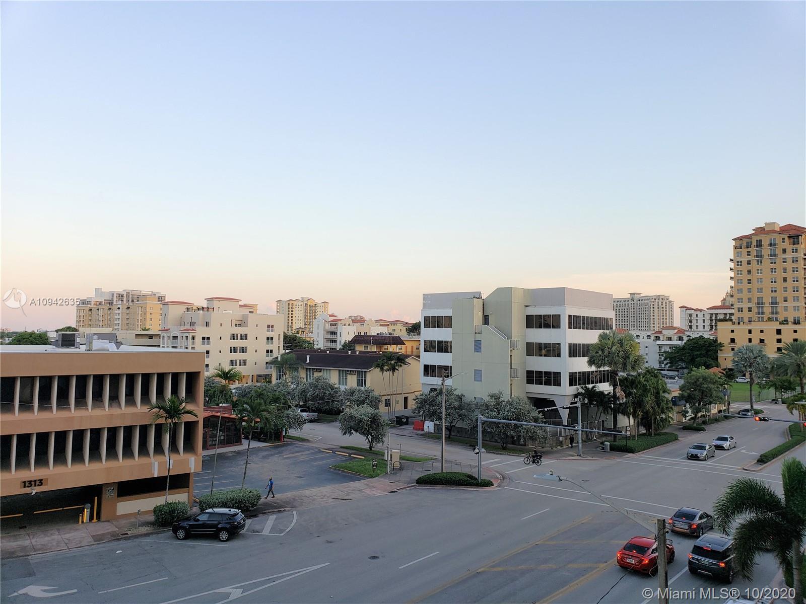 1300 Ponce De Leon Blvd #404 photo04