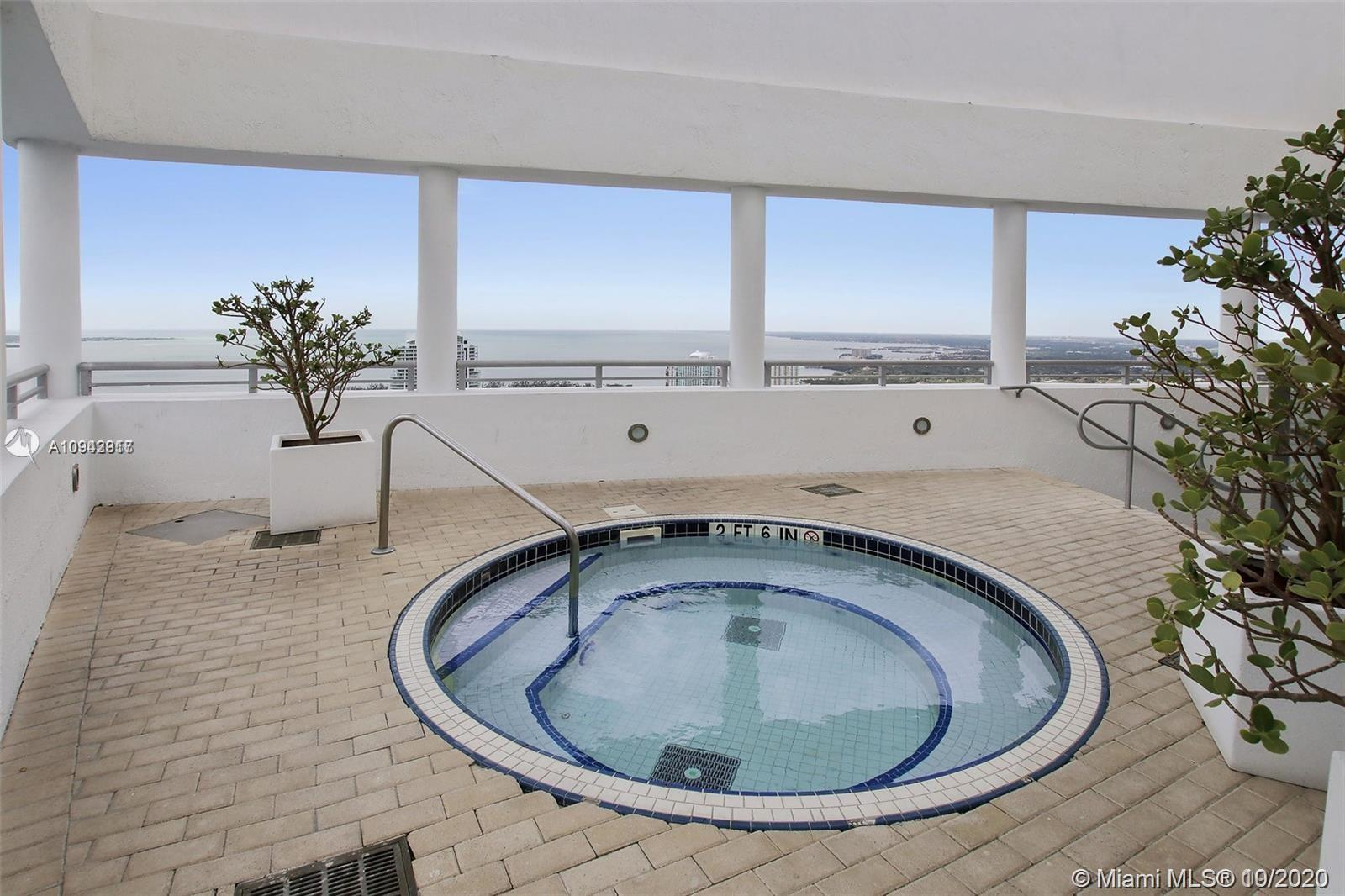 Photo of 60 SW 13th St #1412 listing for Sale