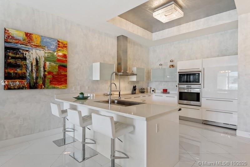 250 Sunny Isles Blvd #TH-409 photo04