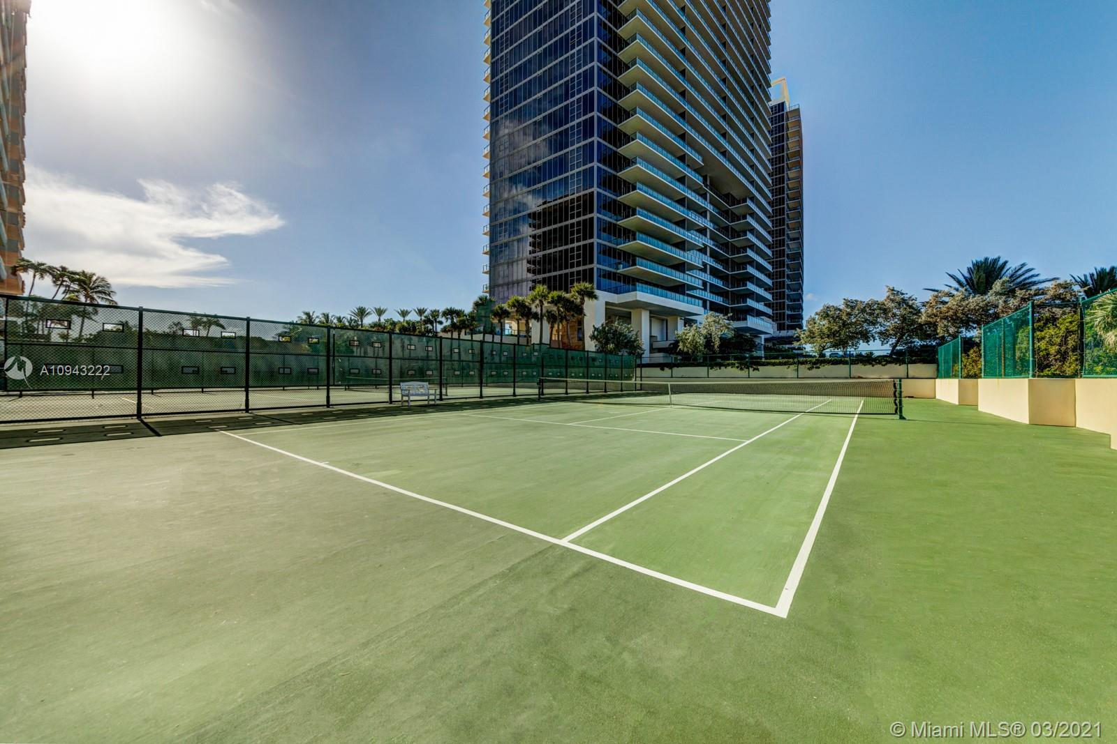 9801 Collins Ave #14N photo027