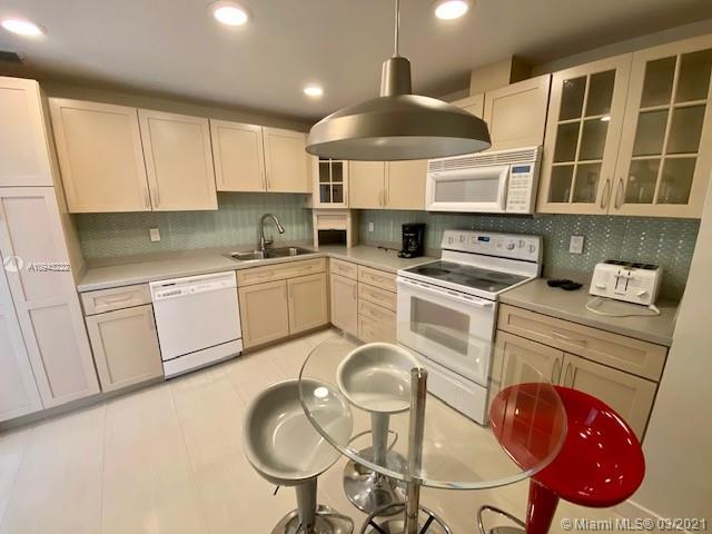 9801 Collins Ave #14N photo02