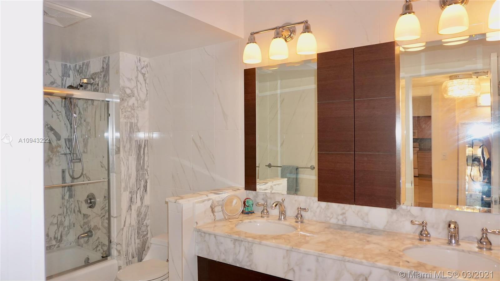 9801 Collins Ave #14N photo017