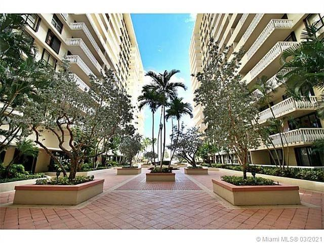 9801 Collins Ave #14N photo020