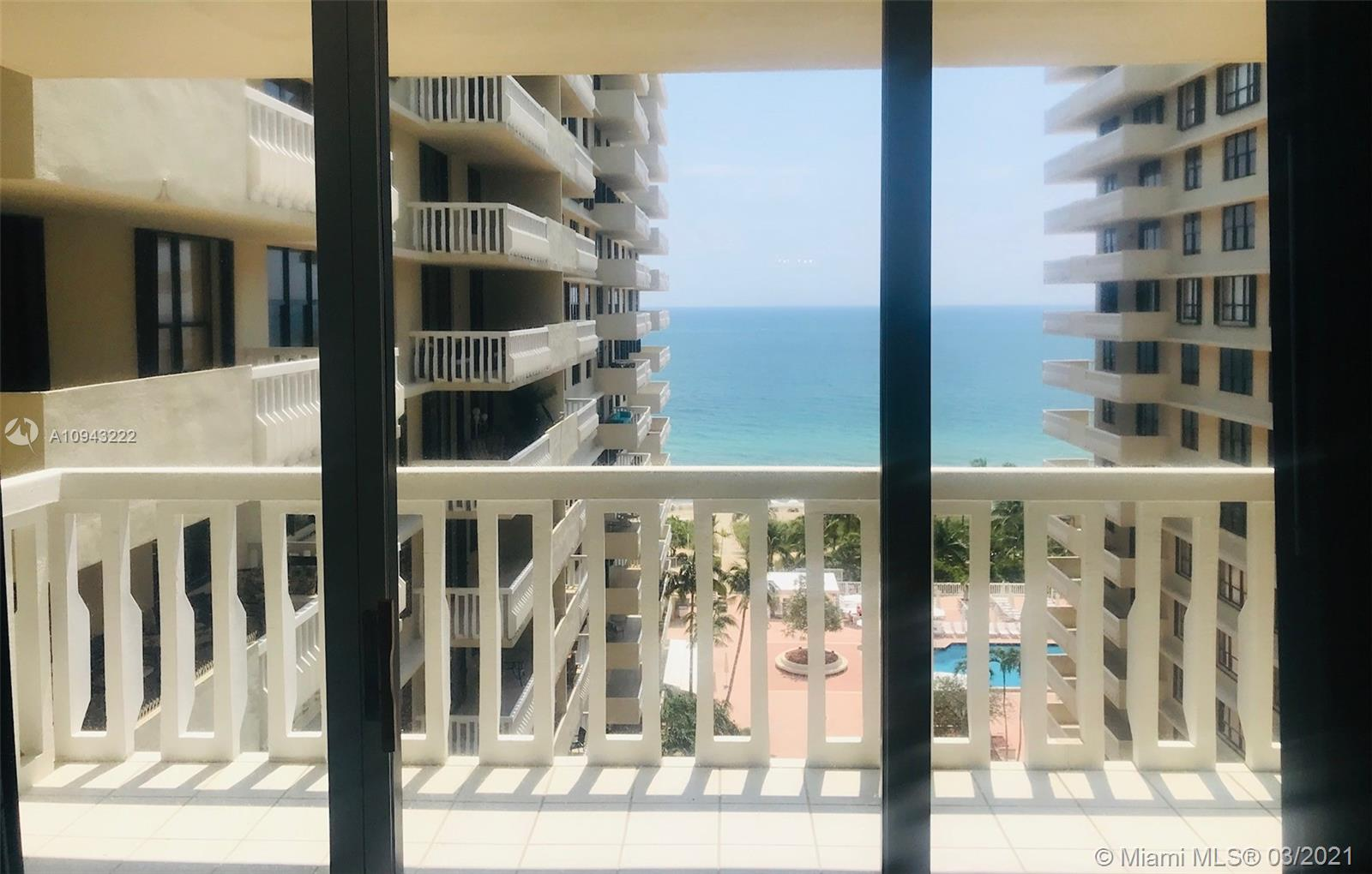 9801 Collins Ave #14N photo010