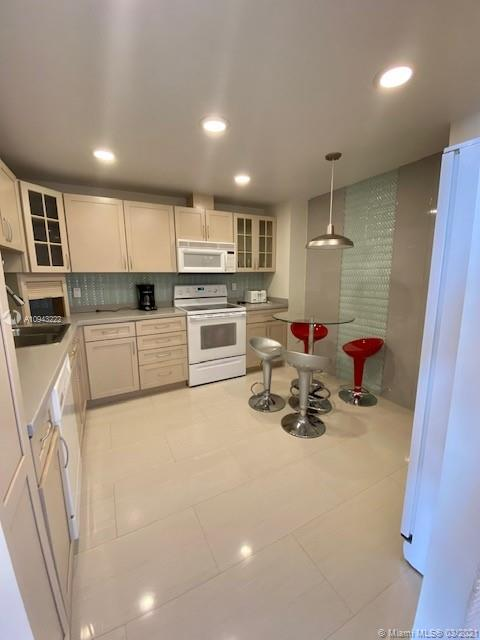 9801 Collins Ave #14N photo04
