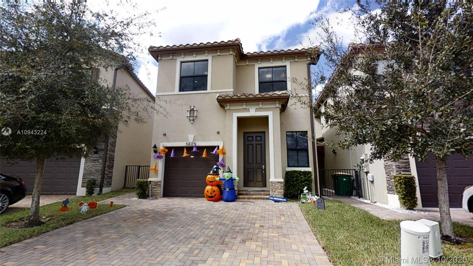 5605 NW 48th Ln, Tamarac, Florida 33319, 4 Bedrooms Bedrooms, ,3 BathroomsBathrooms,Residential,For Sale,5605 NW 48th Ln,A10943224