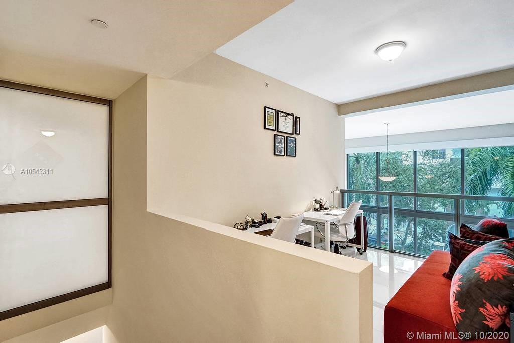 Photo of 6000 Collins Ave #325 listing for Sale