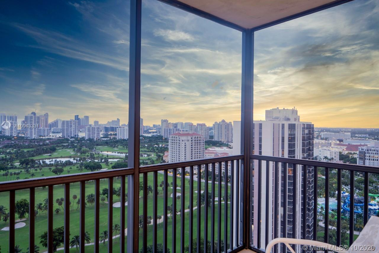 20301 W Country Club Dr, Aventura, Florida 33180, 2 Bedrooms Bedrooms, ,2 BathroomsBathrooms,Residential,For Sale,20301 W Country Club Dr,A10943331
