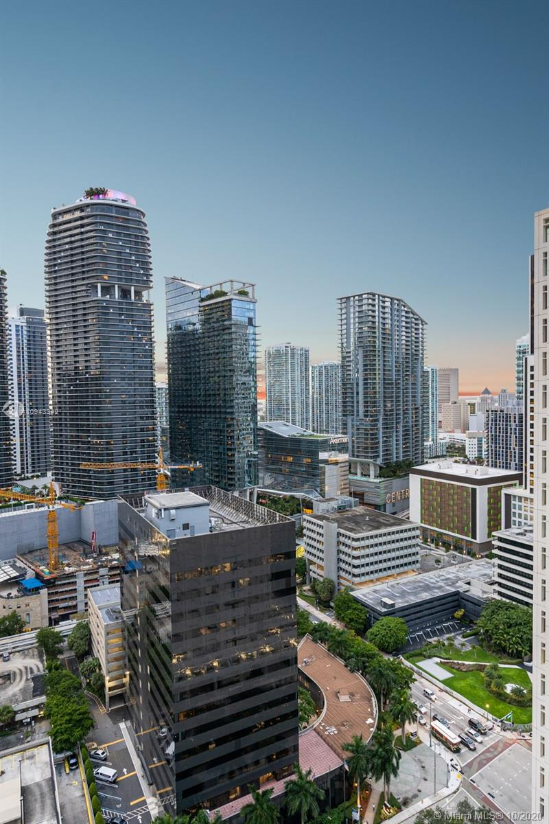 Photo of 950 Brickell Bay Dr #3002 listing for Sale
