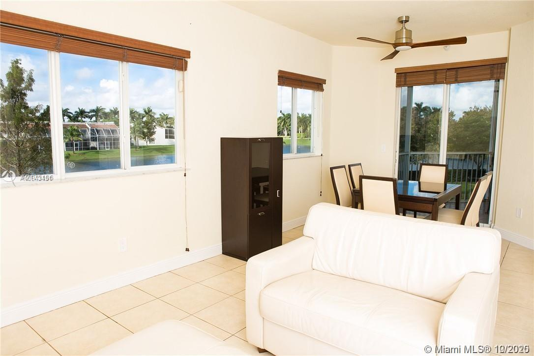 10770 NW 66th St #208 photo03