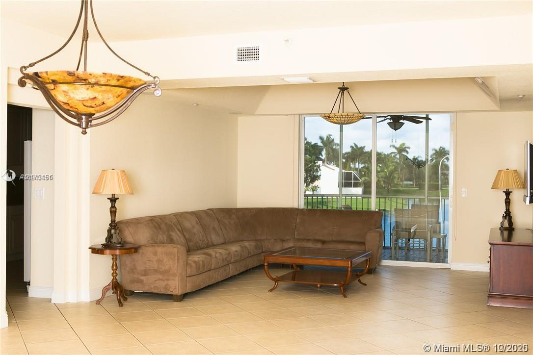 Captiva F #208 - 10770 NW 66th St #208, Doral, FL 33178