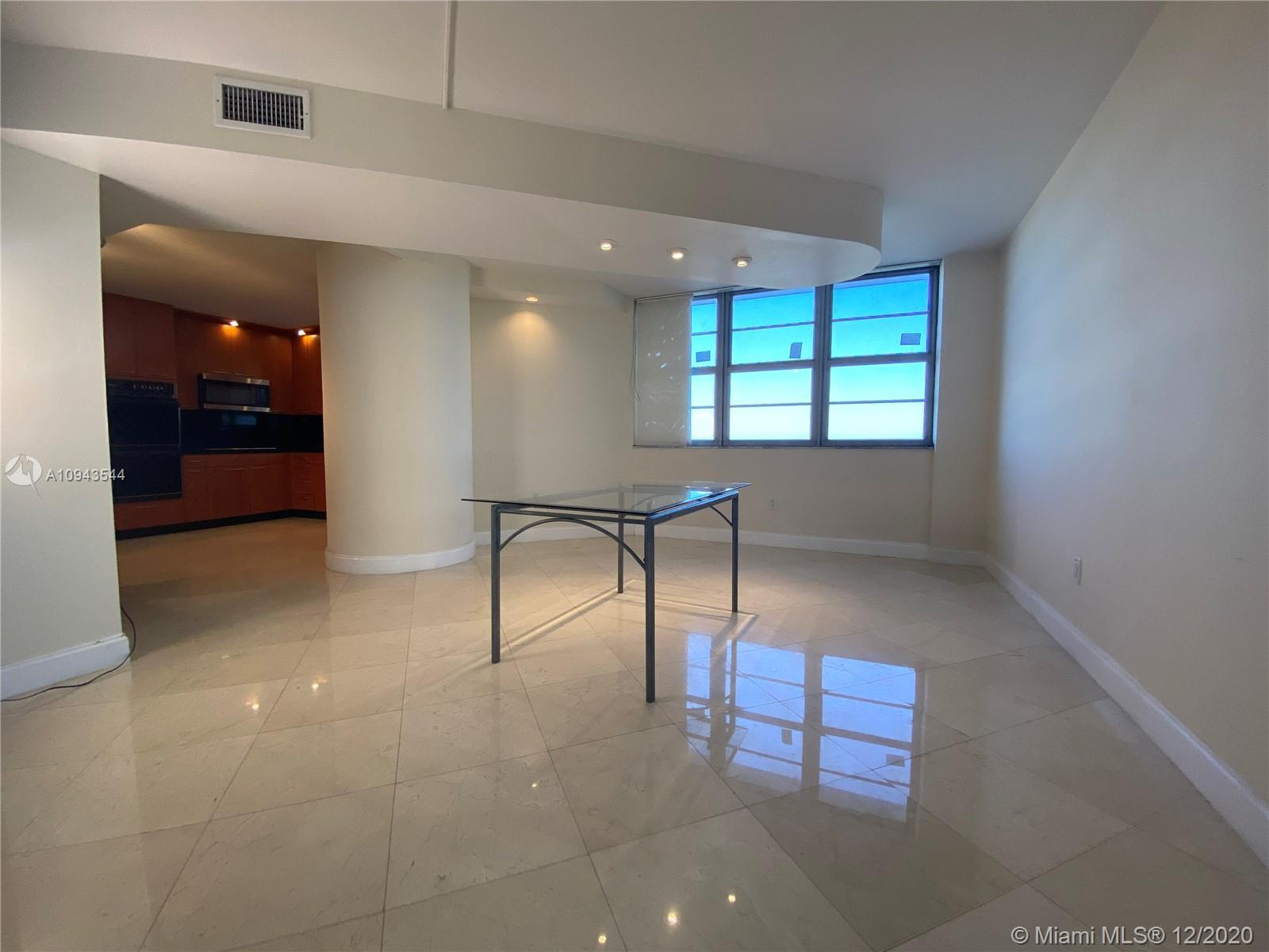 5825 Collins Ave #4G photo03