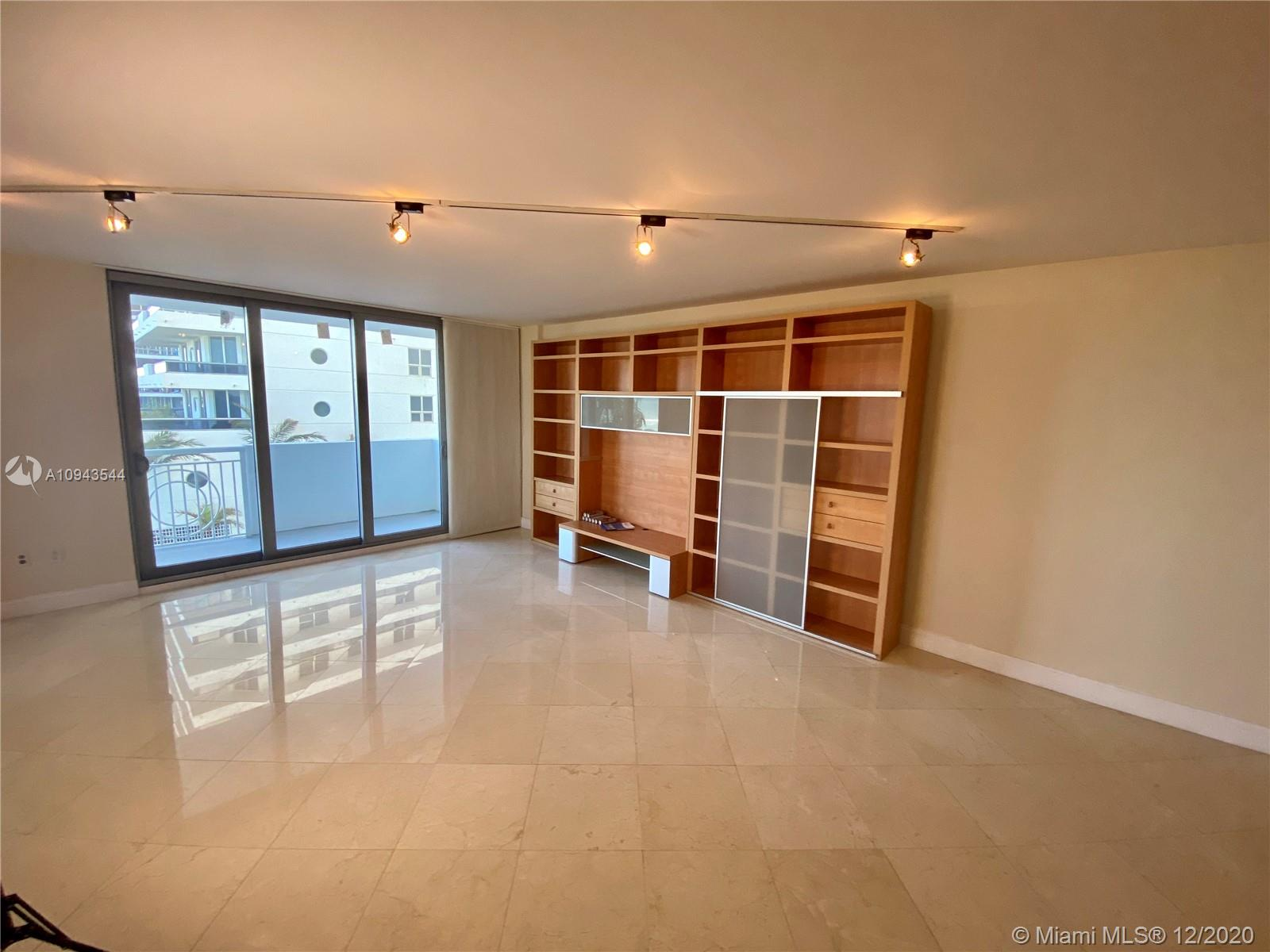 5825 Collins Ave #4G photo05
