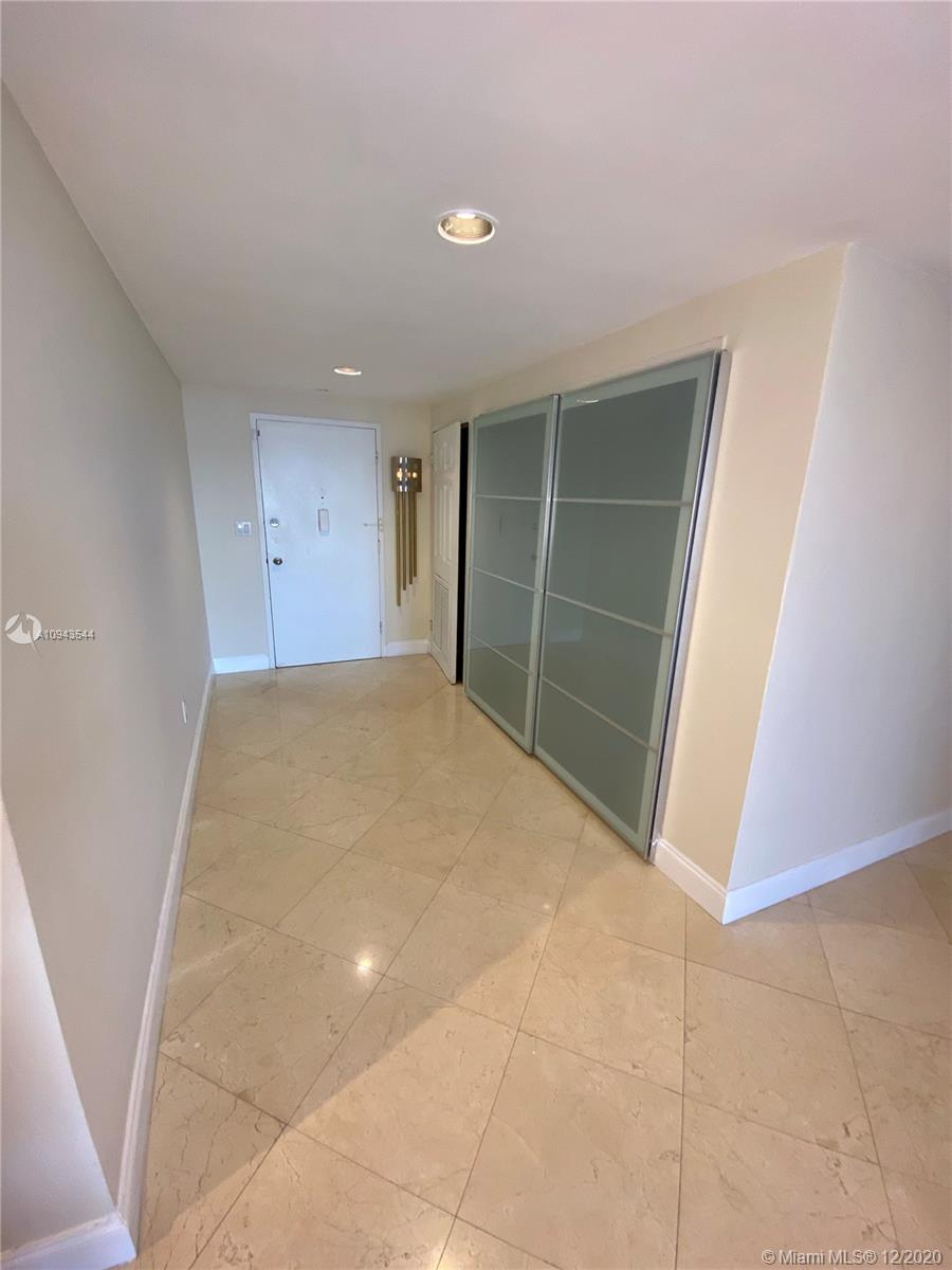 5825 Collins Ave #4G photo018
