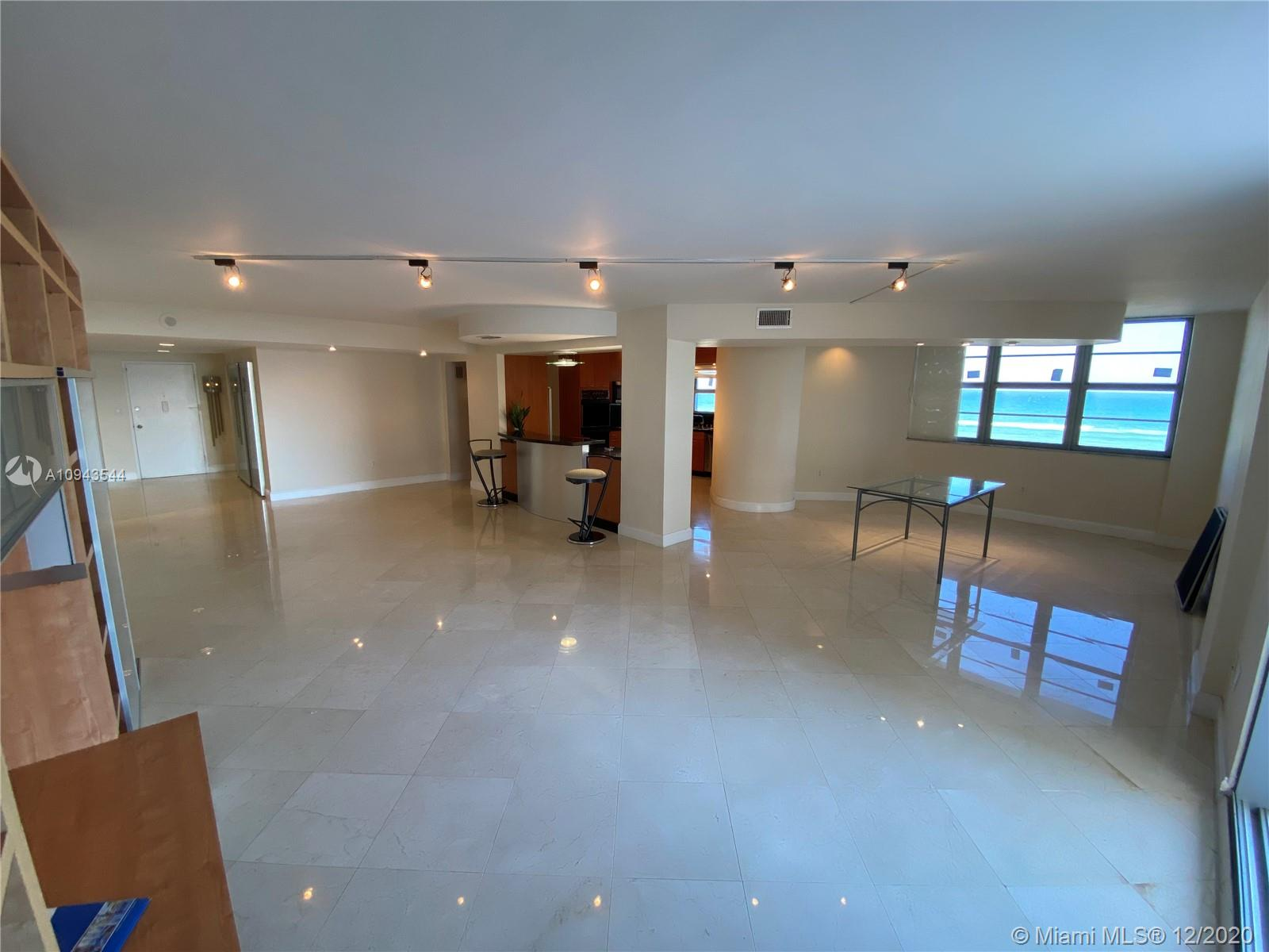 5825 Collins Ave #4G photo08