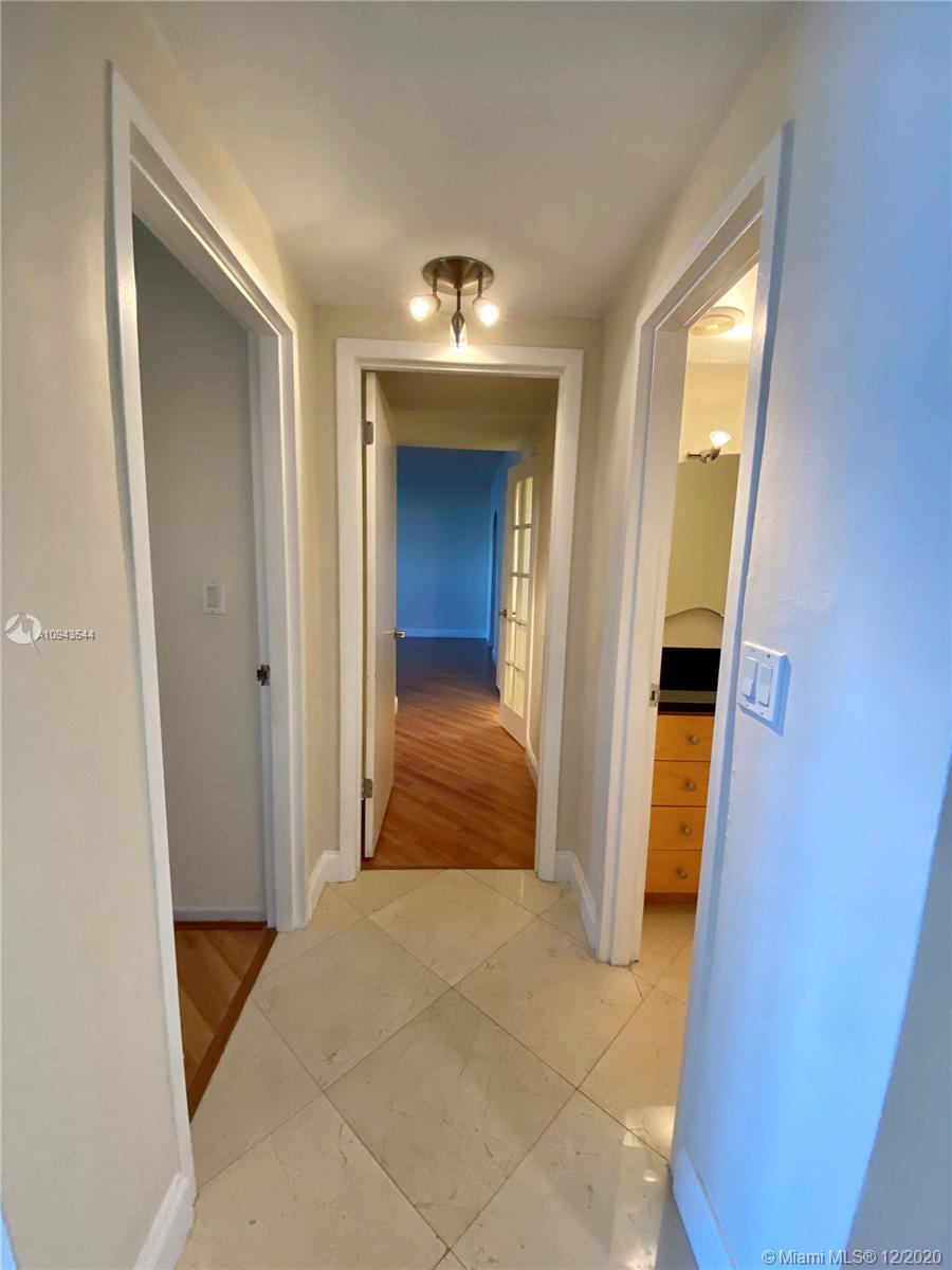 5825 Collins Ave #4G photo021