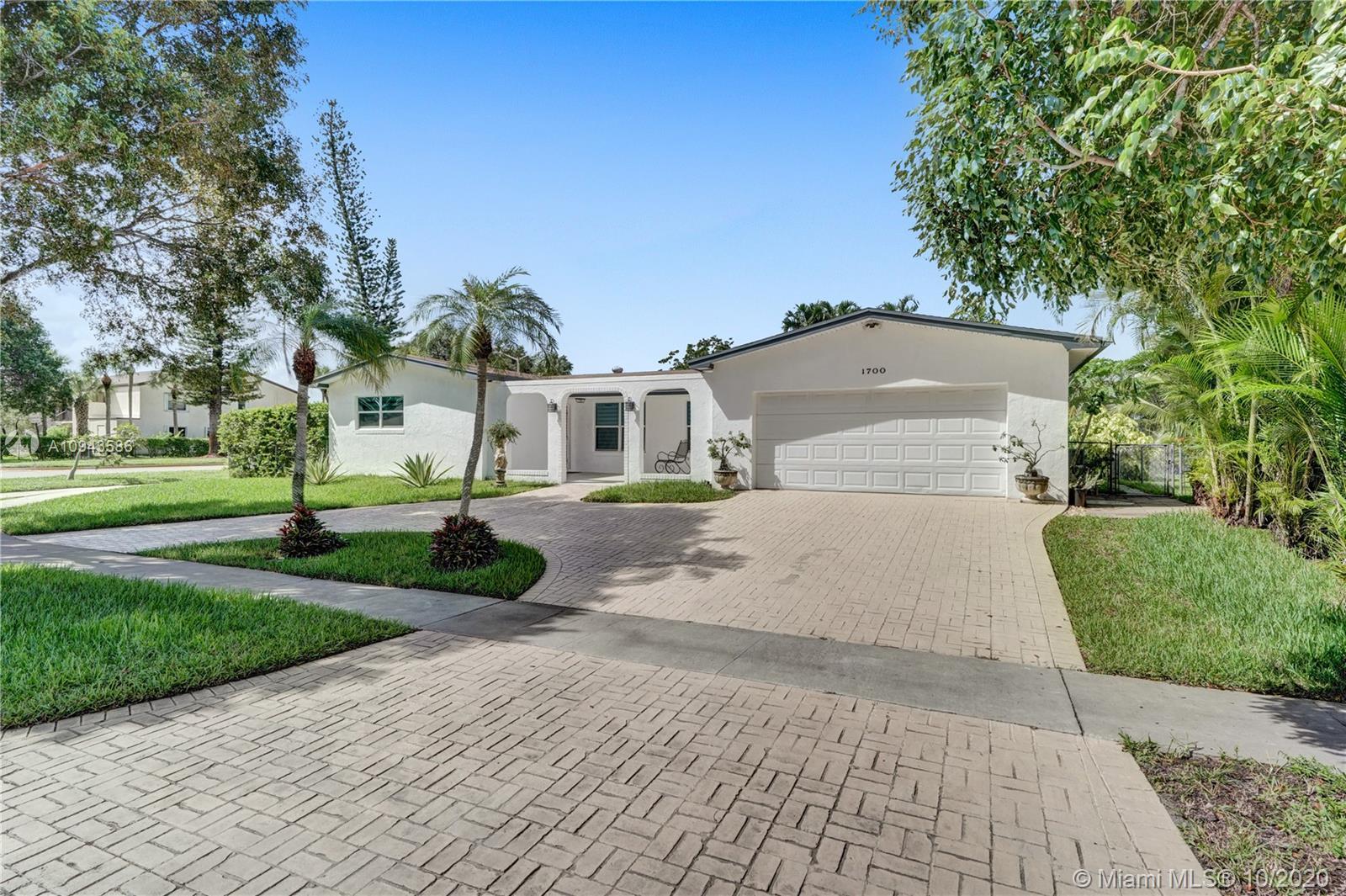 Pembroke Lakes - 1700 NW 113th Ave, Pembroke Pines, FL 33026