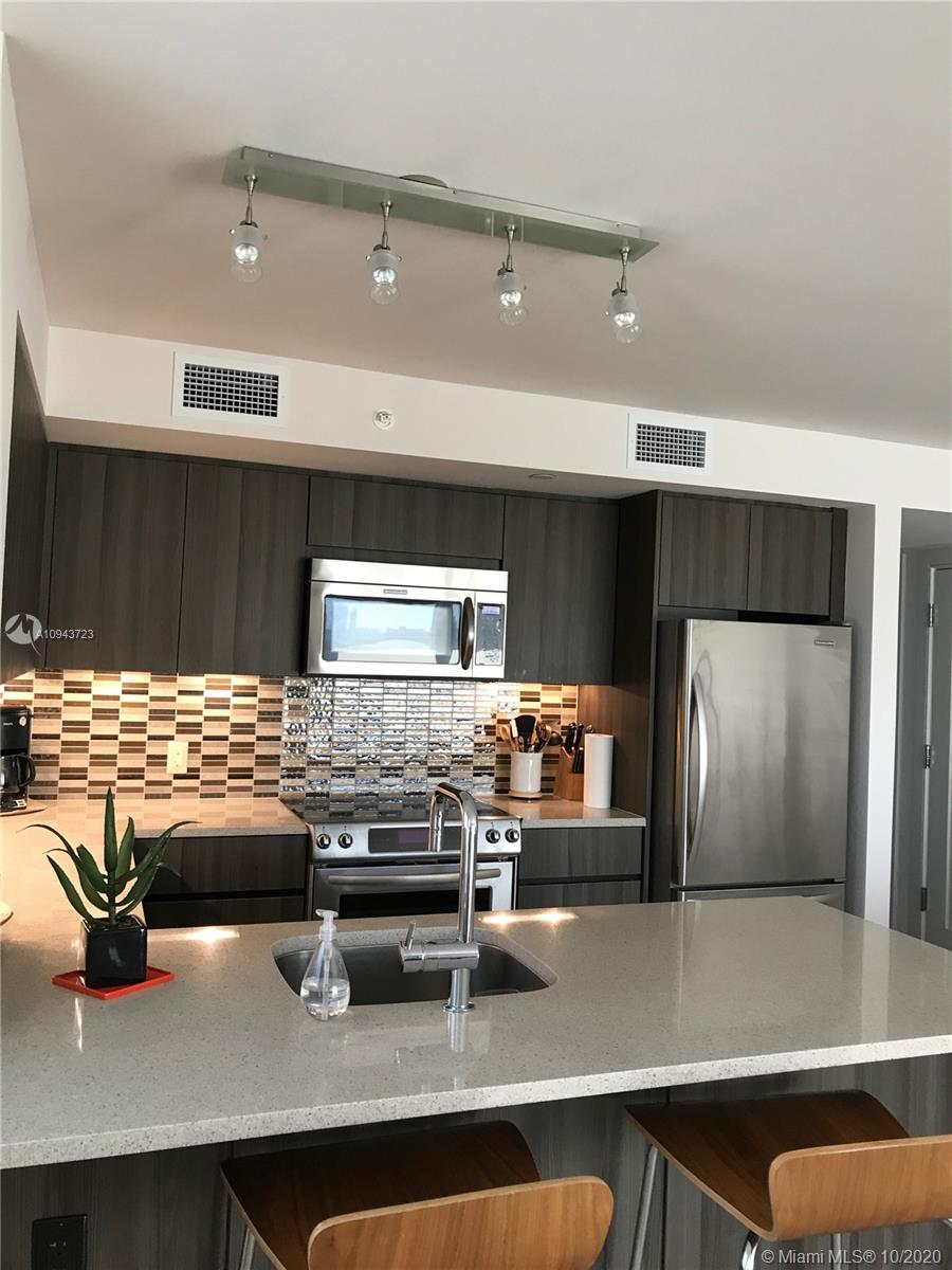 1830 Meridian Ave # 905, Miami Beach, Florida 33139, 1 Bedroom Bedrooms, ,1 BathroomBathrooms,Residential Lease,For Rent,1830 Meridian Ave # 905,A10943723