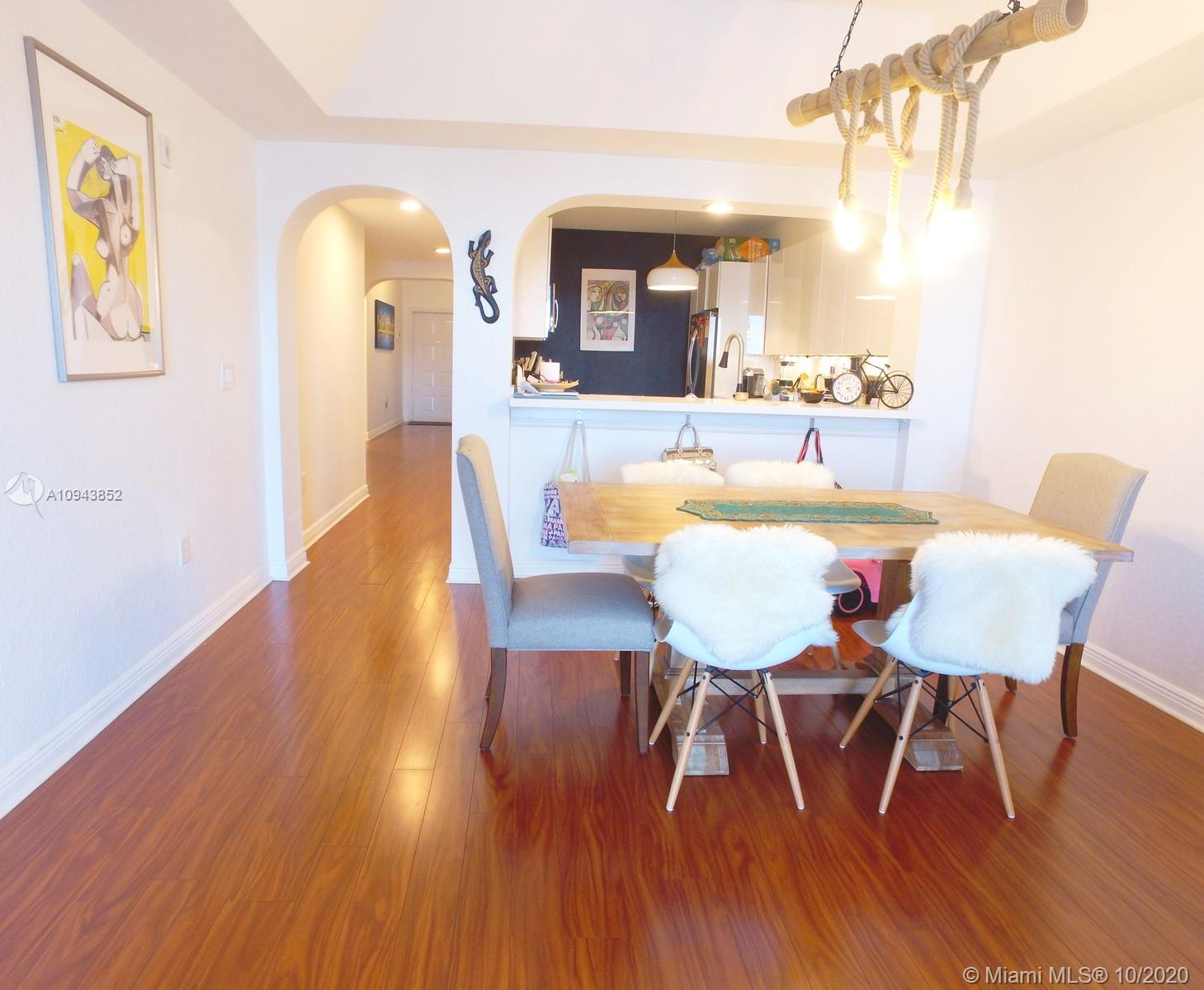 10710 NW 66th St #413 photo08