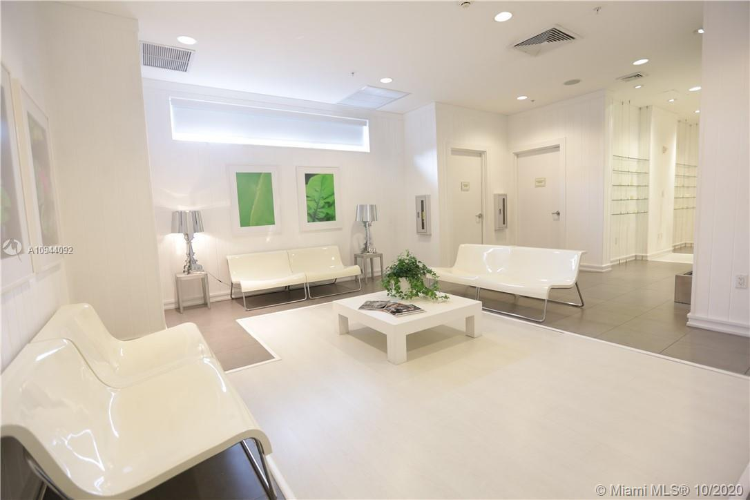 Photo of 90 SW 3rd St #3701 listing for Sale