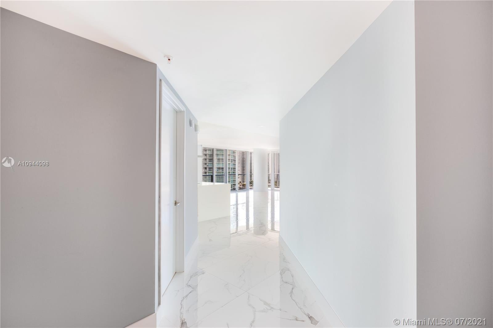 Photo of 300 Sunny Isles Blvd #4-1402 listing for Sale