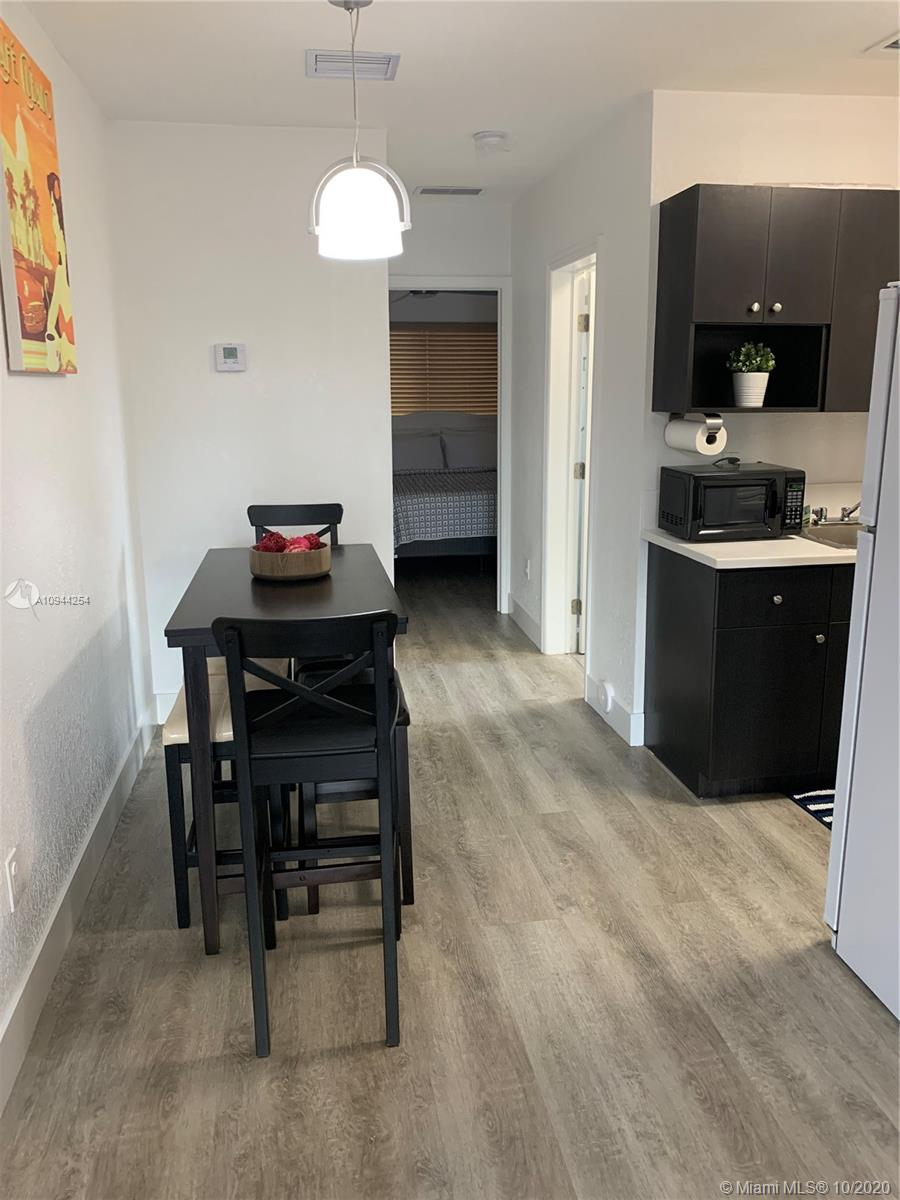 6063 SW 8th St # 6063, Miami, Florida 33144, 1 Bedroom Bedrooms, ,1 BathroomBathrooms,Residential Lease,For Rent,6063 SW 8th St # 6063,A10944254