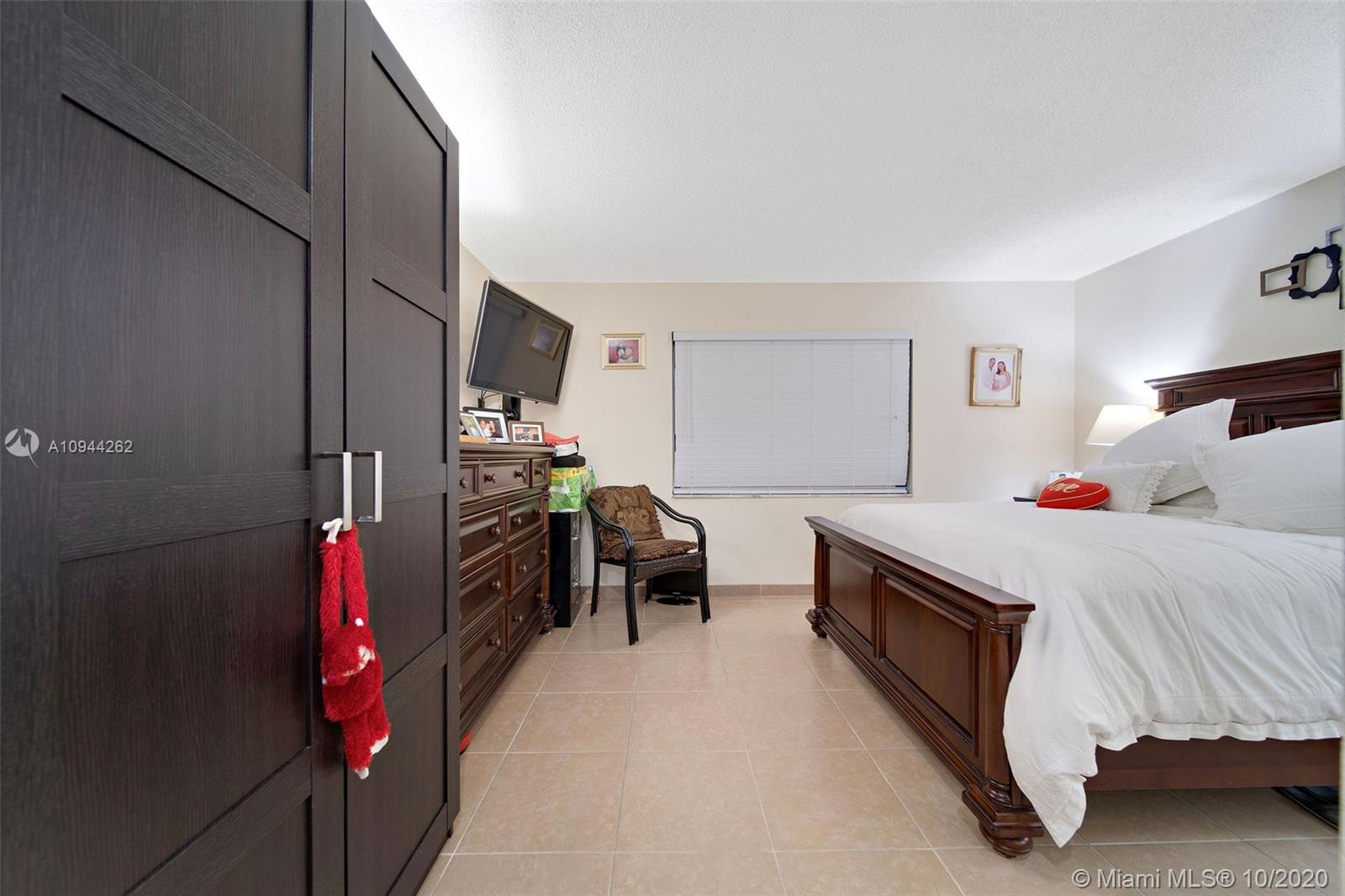 7705 Camino Real # 104, Miami, Florida 33143, 2 Bedrooms Bedrooms, ,1 BathroomBathrooms,Residential,For Sale,7705 Camino Real # 104,A10944262