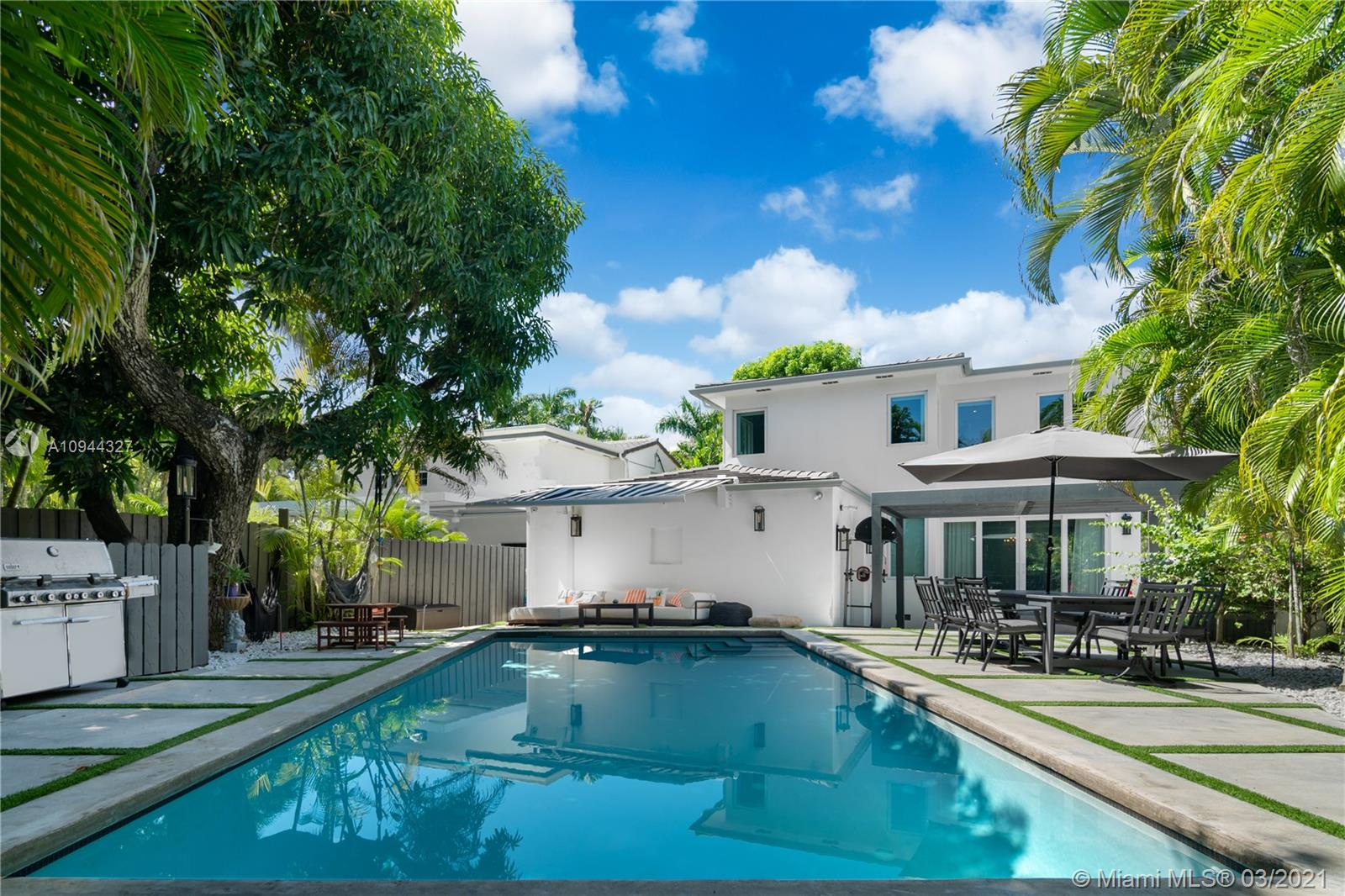 Nautilus - 4361 Royal Palm Ave, Miami Beach, FL 33140