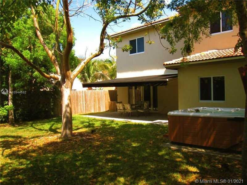 15792 SW 145th Ter photo04
