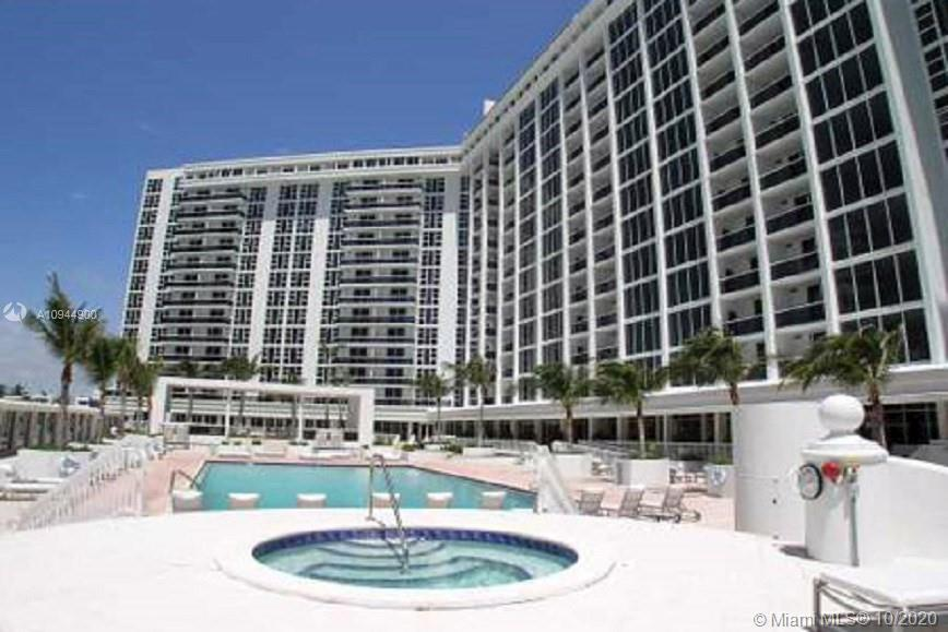10275 Collins Ave #304 photo021