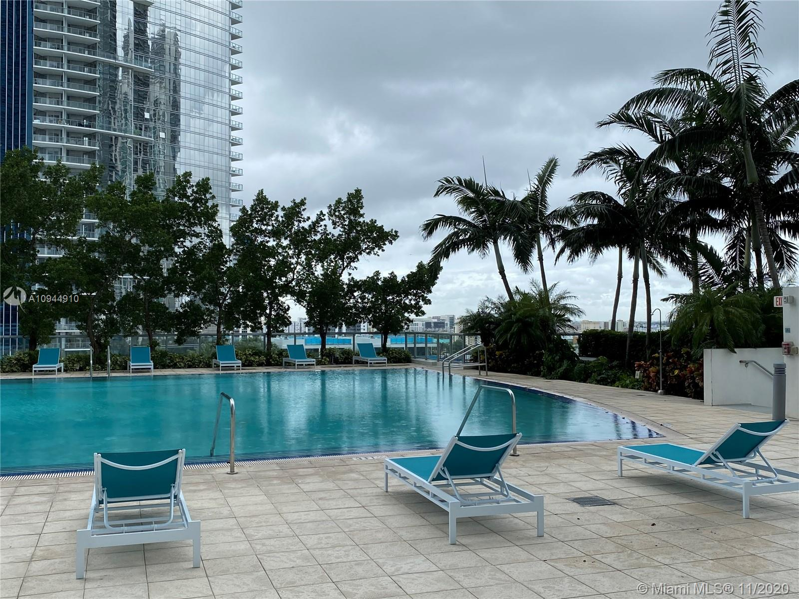 888 Biscayne Blvd #4312 photo037
