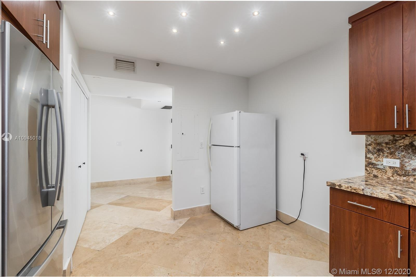 8855 Collins Ave #3F photo04