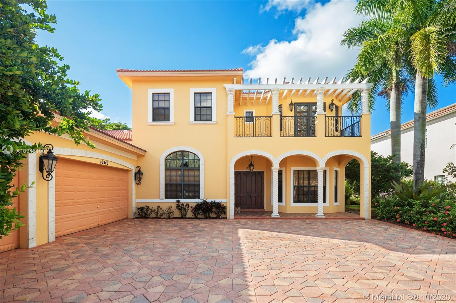 Property for sale at 10340 Majestic Ct, Parkland,  Florida 33076