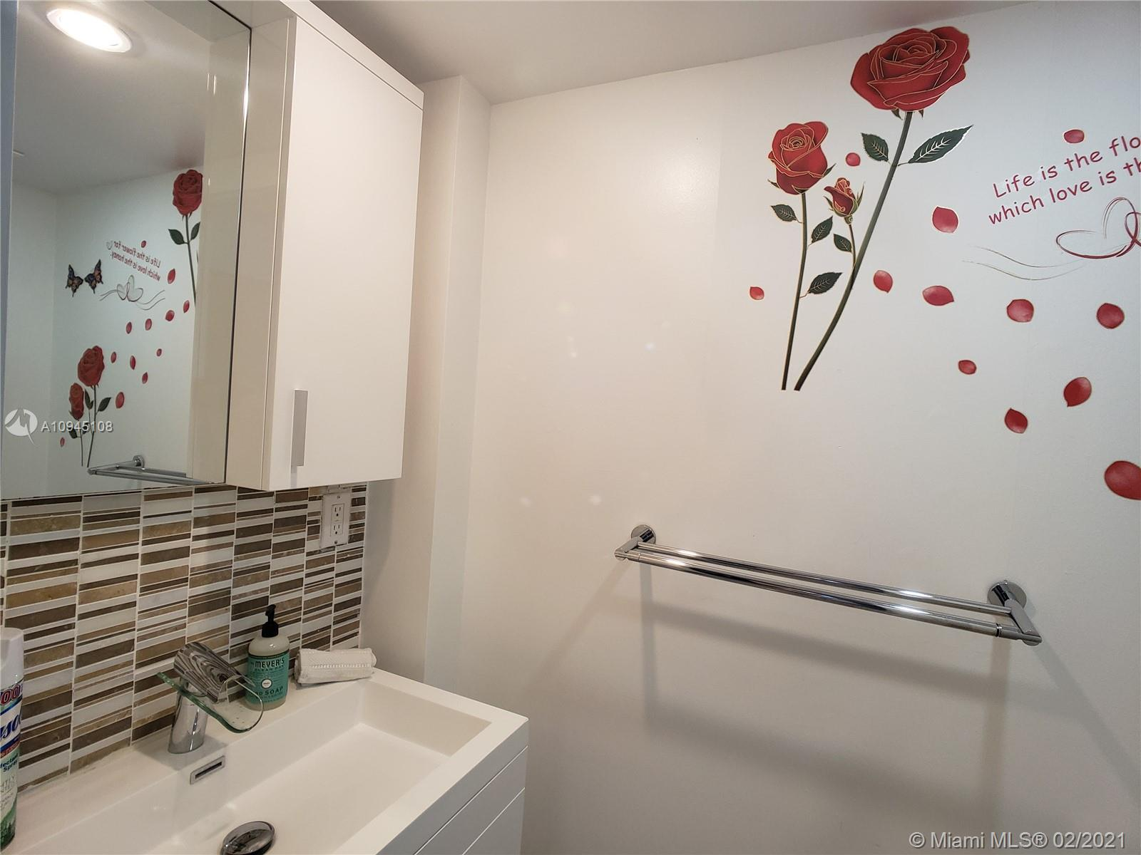 6917 Collins Ave #1109 photo016