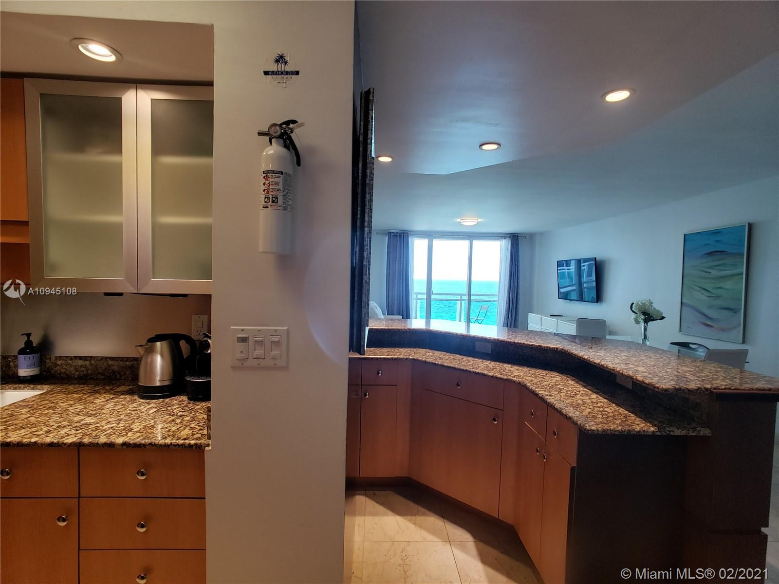 6917 Collins Ave #1109 photo020
