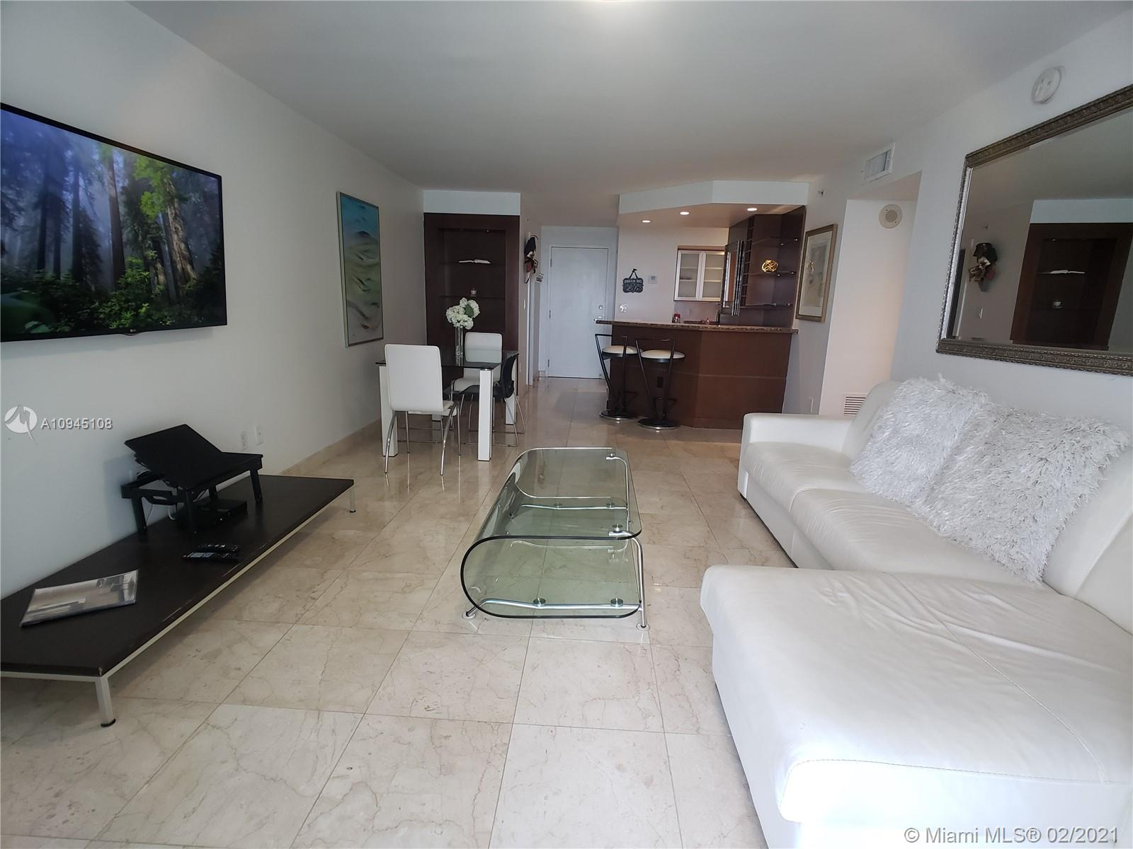 6917 Collins Ave #1109 photo08