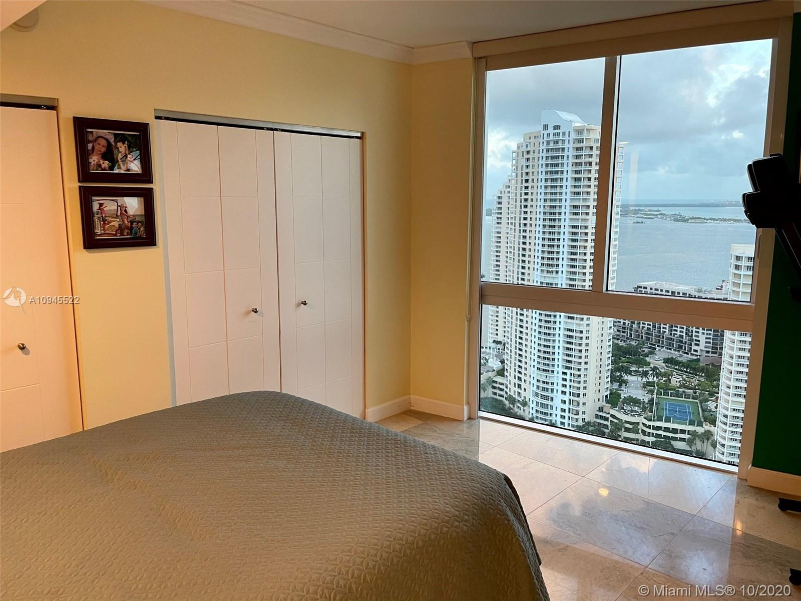 Photo of 335 S Biscayne Blvd #3909 listing for Sale