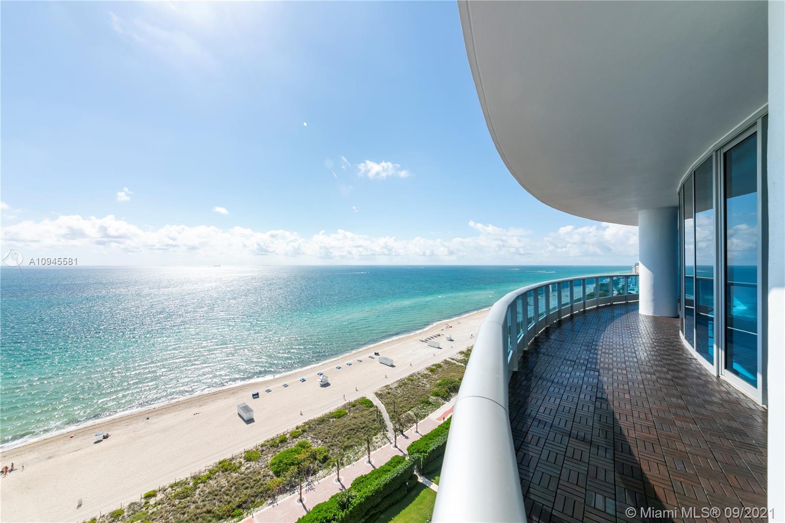 Bath Club #1807 - 5959 Collins Ave #1807, Miami Beach, FL 33140