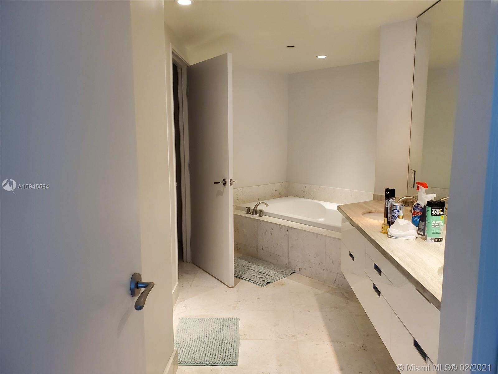 9401 Collins Ave #401 photo08