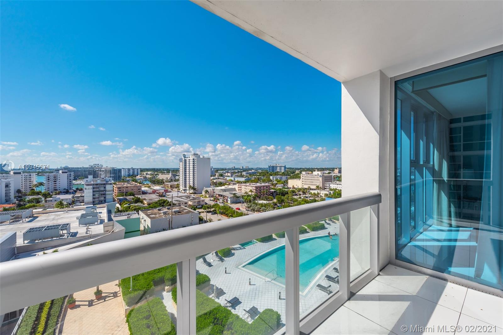 6899 Collins Ave #1109 photo02