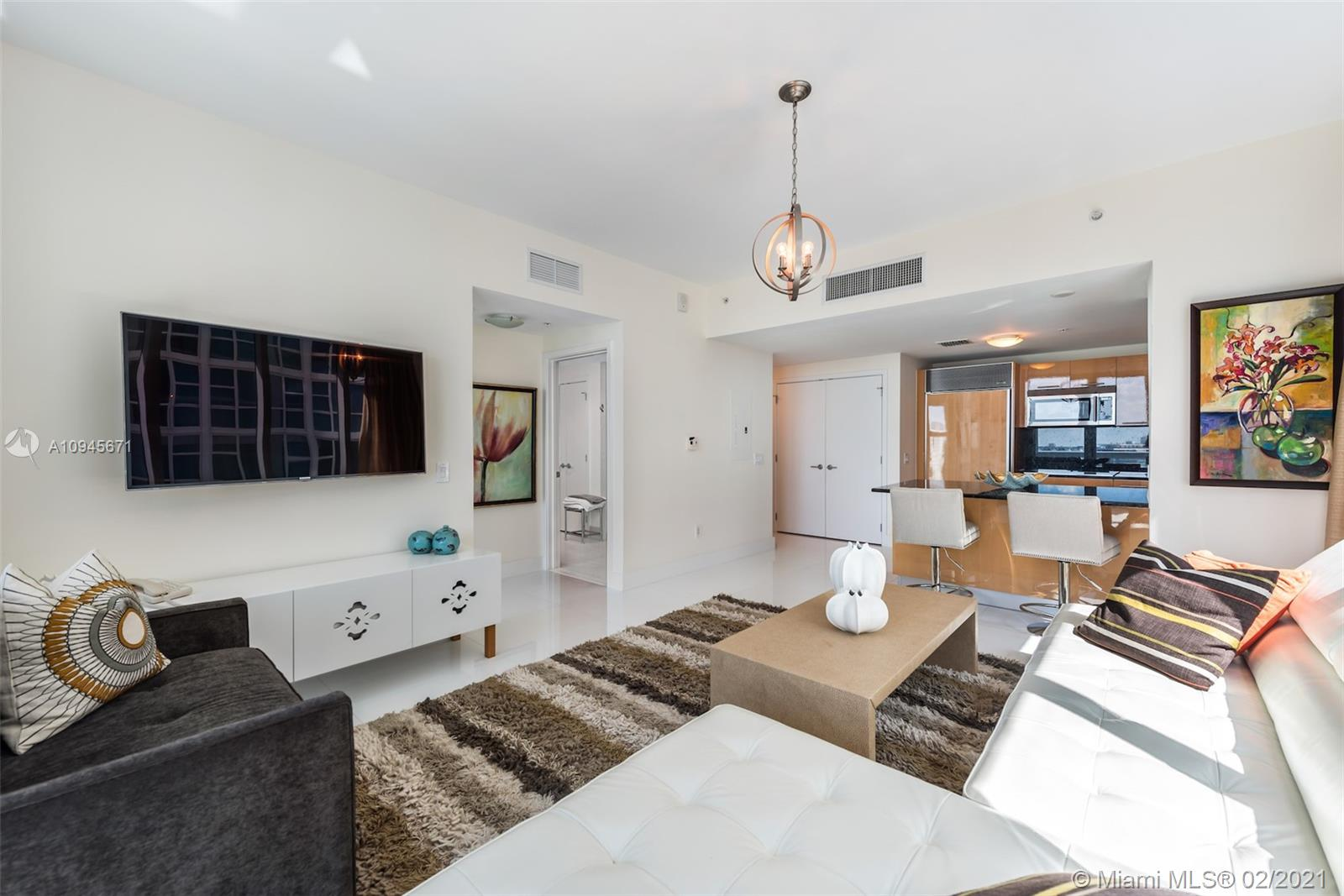 6899 Collins Ave #1109 photo06