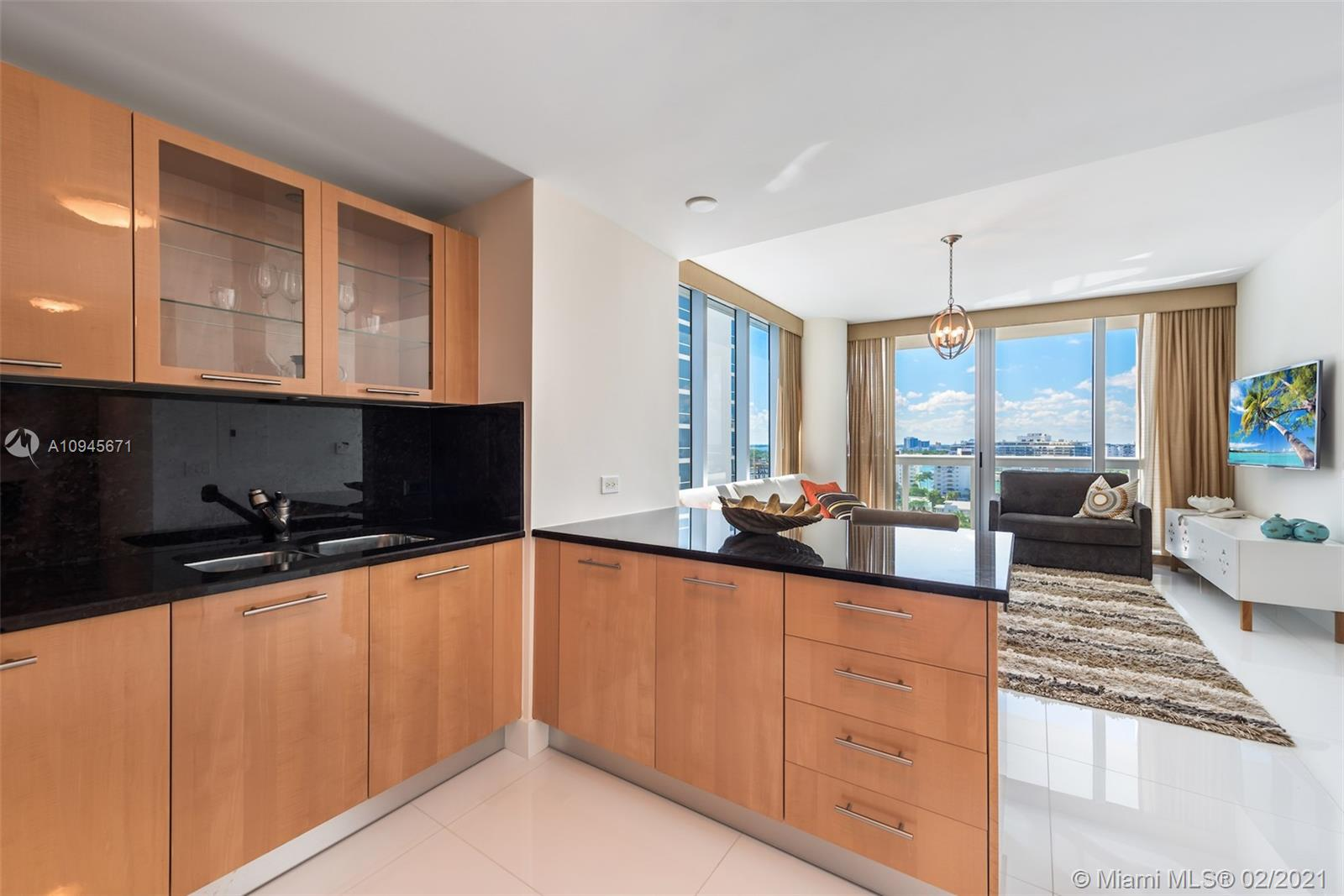 6899 Collins Ave #1109 photo09