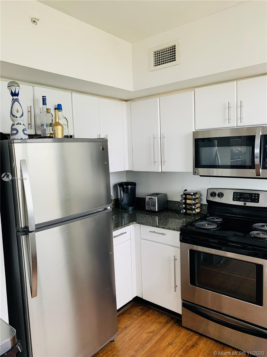 Photo of 1330 West Ave #1607 listing for Sale