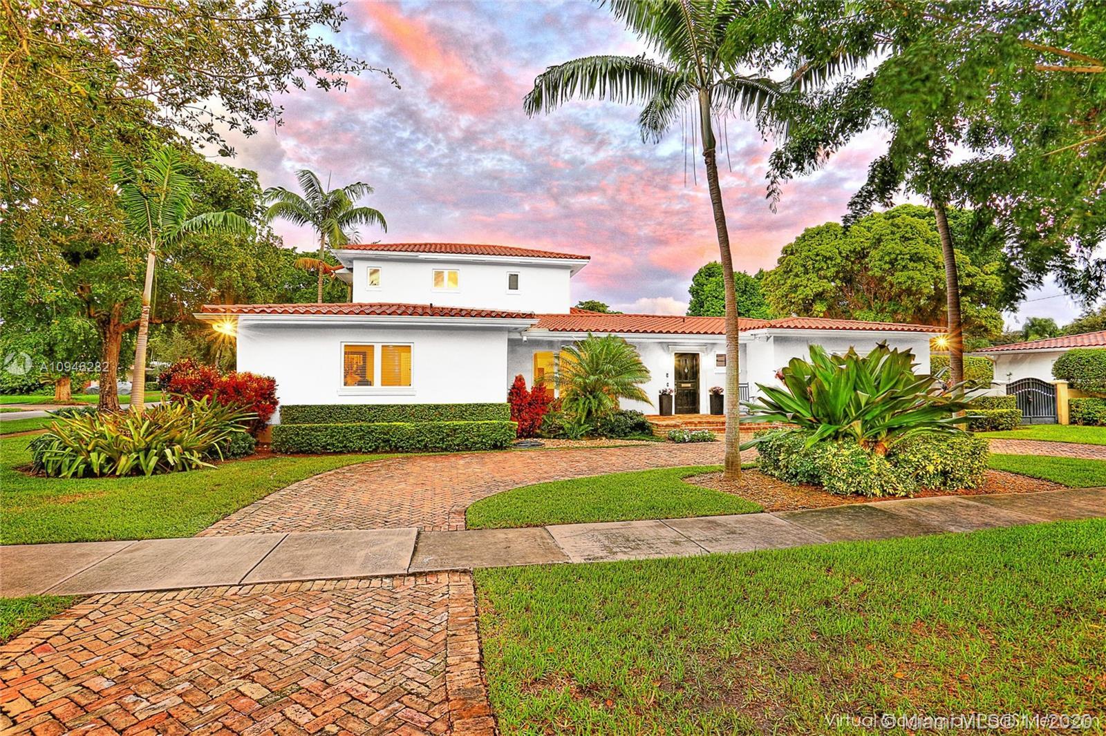 South Miami - 5601 San Vicente St, Coral Gables, FL 33146