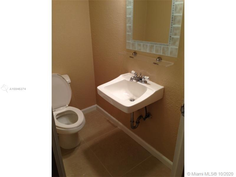 5401 COLLINS AVE #219 photo08