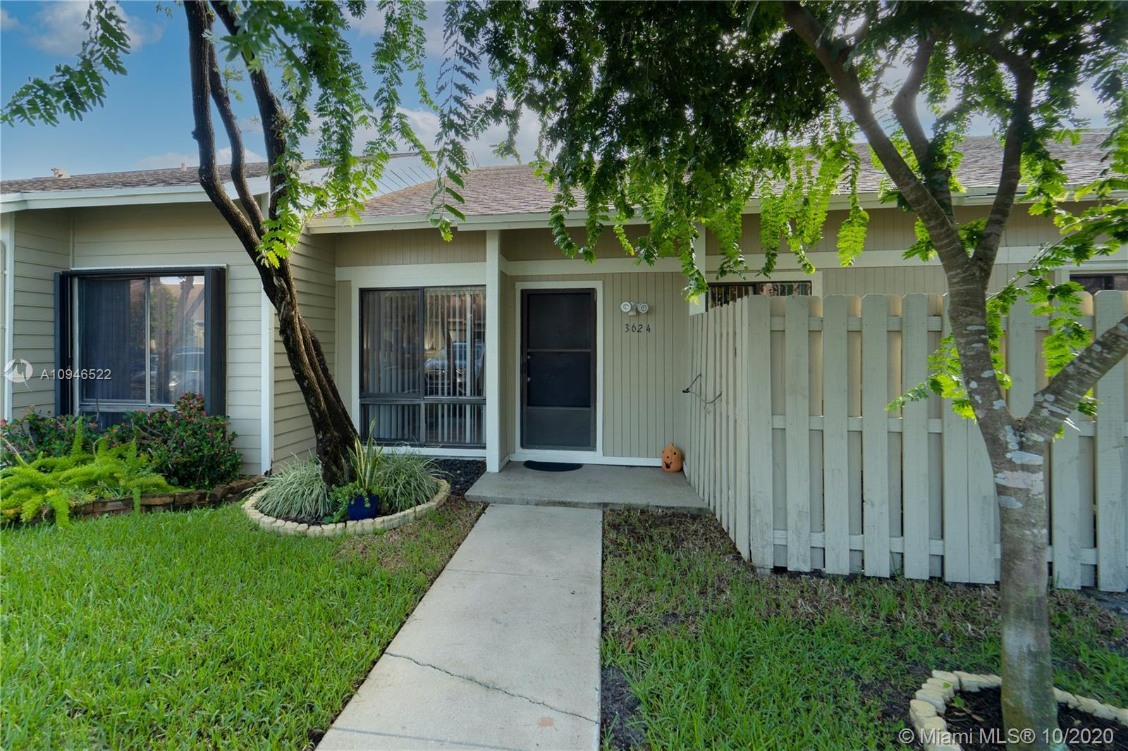 Property for sale at 3624 NW 111th Ter, Sunrise,  Florida 33351