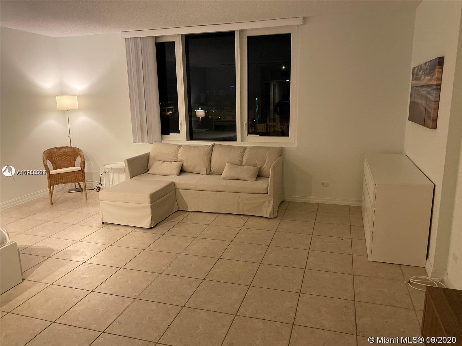 2301 Collins Ave #431 photo03