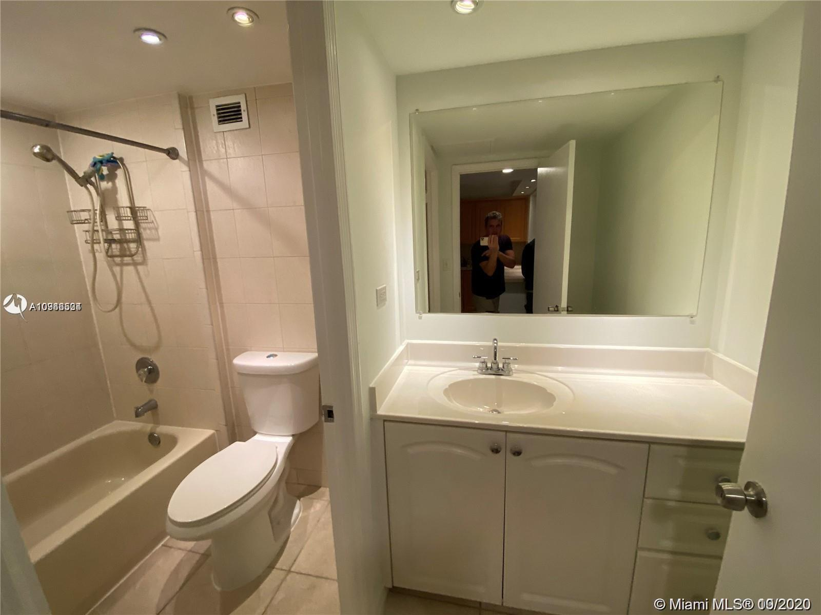 2301 Collins Ave #431 photo08