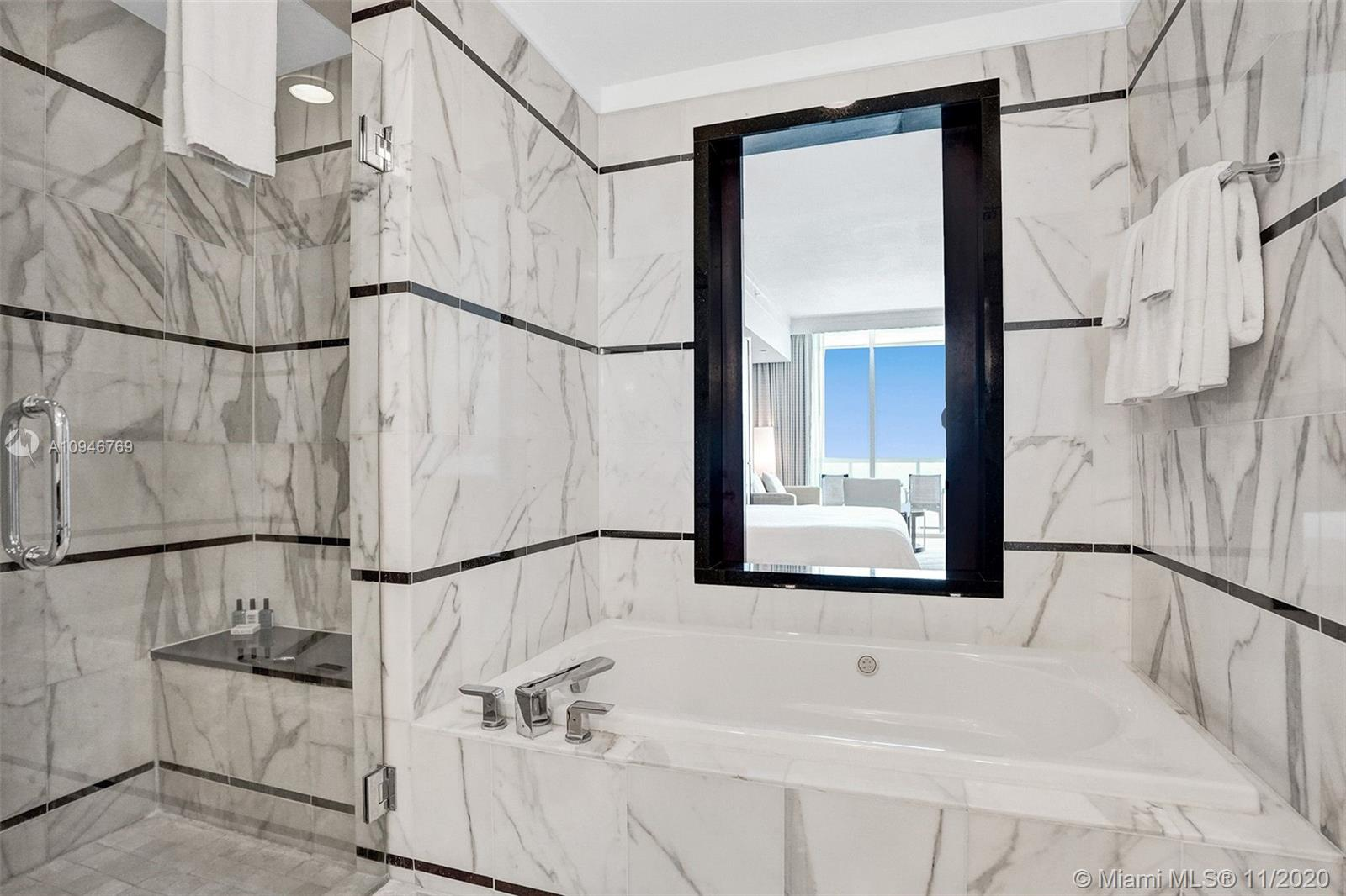 4391 COLLINS AVE #712 photo09