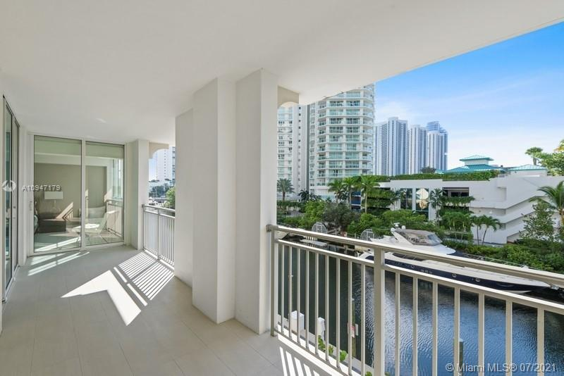 250 Sunny Isles Blvd #TH-307 photo01